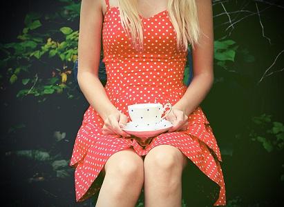 "Shandi-Lee Cox, ""Polka dot tea party"", CC BY-NC-ND 2.0"